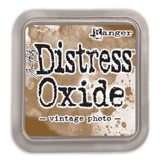 Distress Oxide by Tim Holtz - vintage photo