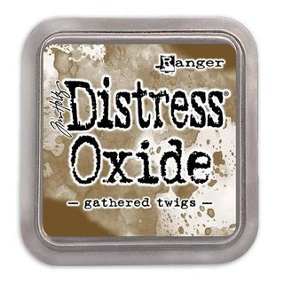 Distress Oxide by Tim Holtz - gathered twigs